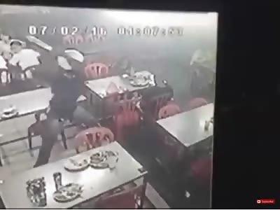 Crazy Guy Walks into Restaurant Hacks Man with Machete
