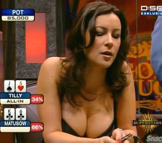 Jennifer Tilly Hilarious Wardrobe Malfunction on the World Poker Tour