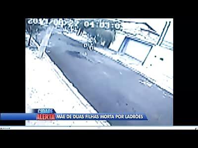 Pinhead Kids on BMX Bikes Execute a Woman for her Damn handbag